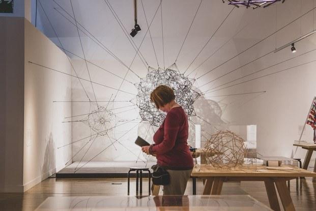 exposición en el museu del disseny sobre victor papanek