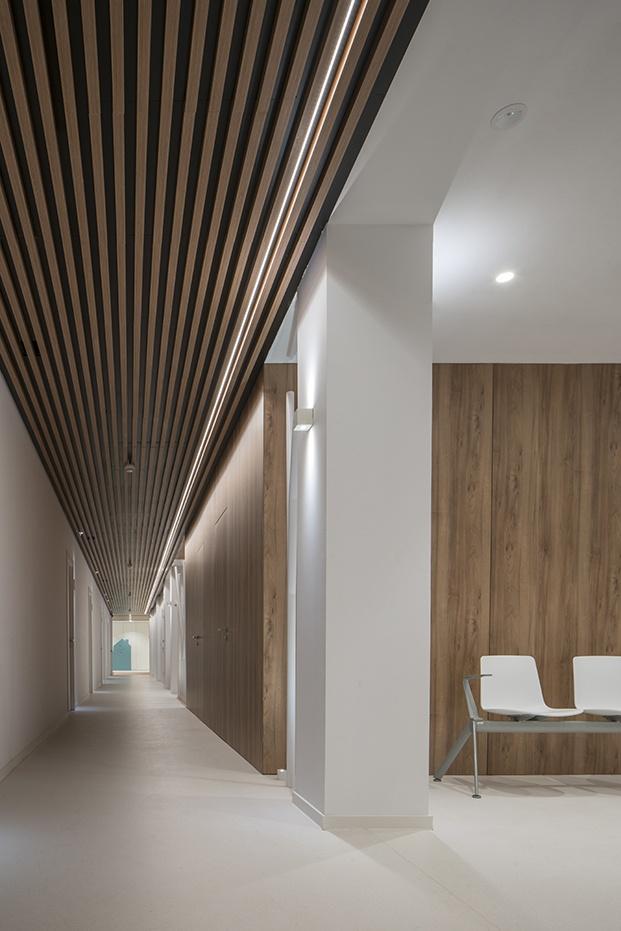 Susanna Cots diseña el interior de la Clínica Sant Josep de Manresa basado en el interiorismo emocional.
