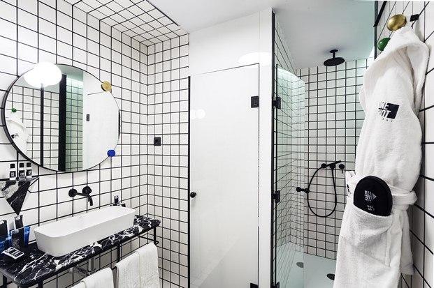baño con detalles de diseño alfaro manrique