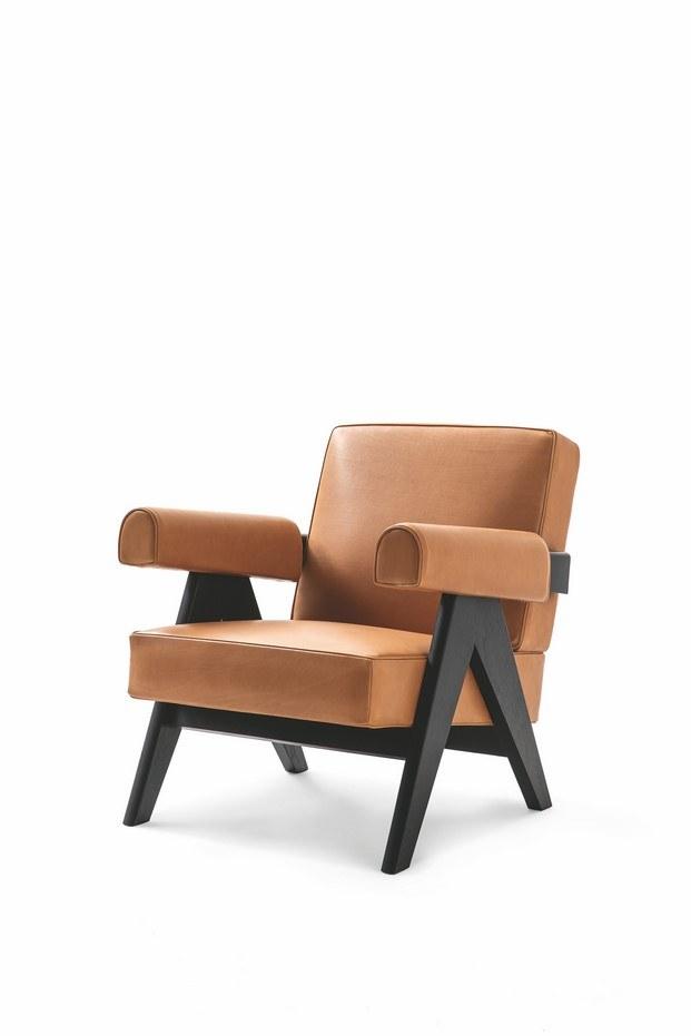 sillón Capitol Complex de Pierre Jeanneret editado por Cassina
