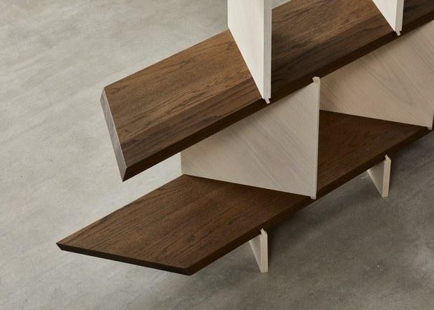 detalle diseño en madera estantería de roble americano