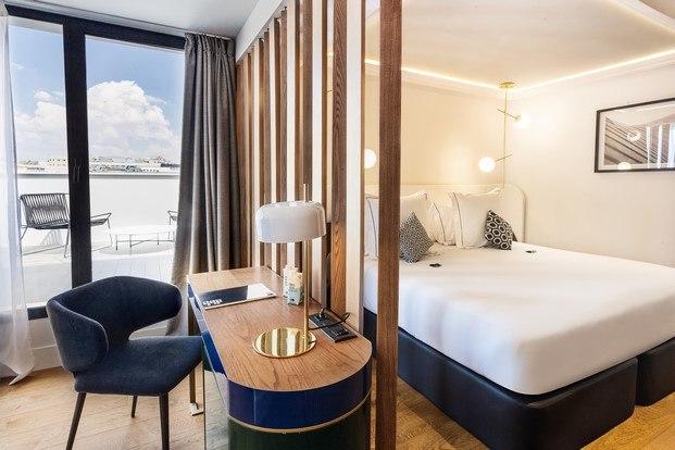 habitación hotel con vistas madrid