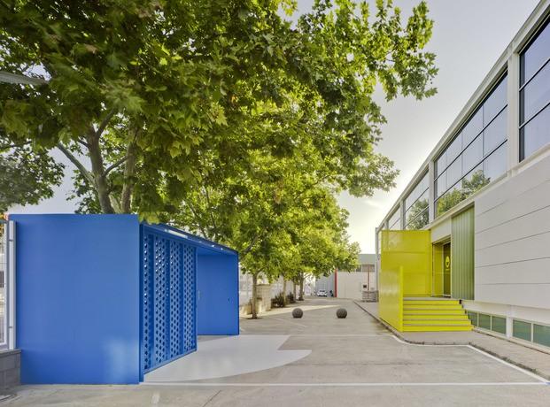 Nuevas oficinas Sancal. Entradas edificio