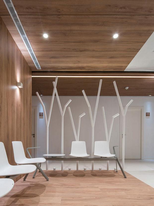 sala de espera de madera