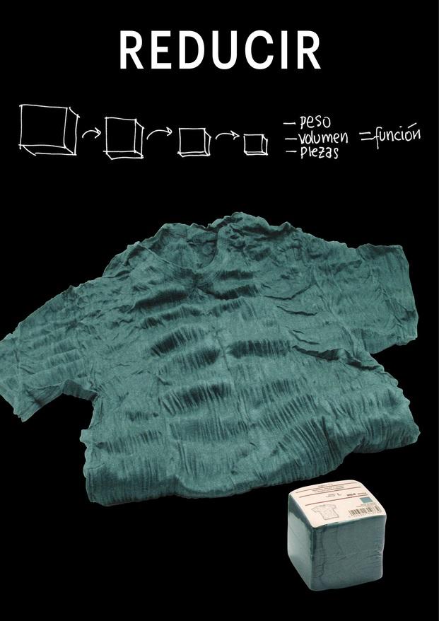 Camisa plegable Muji. Expo Funciono porque soy así. Madrid Design Festival