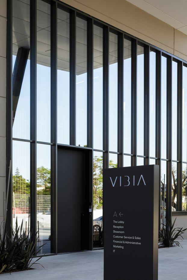 Vibia nuevas oficinas en Barcelona. Entrada