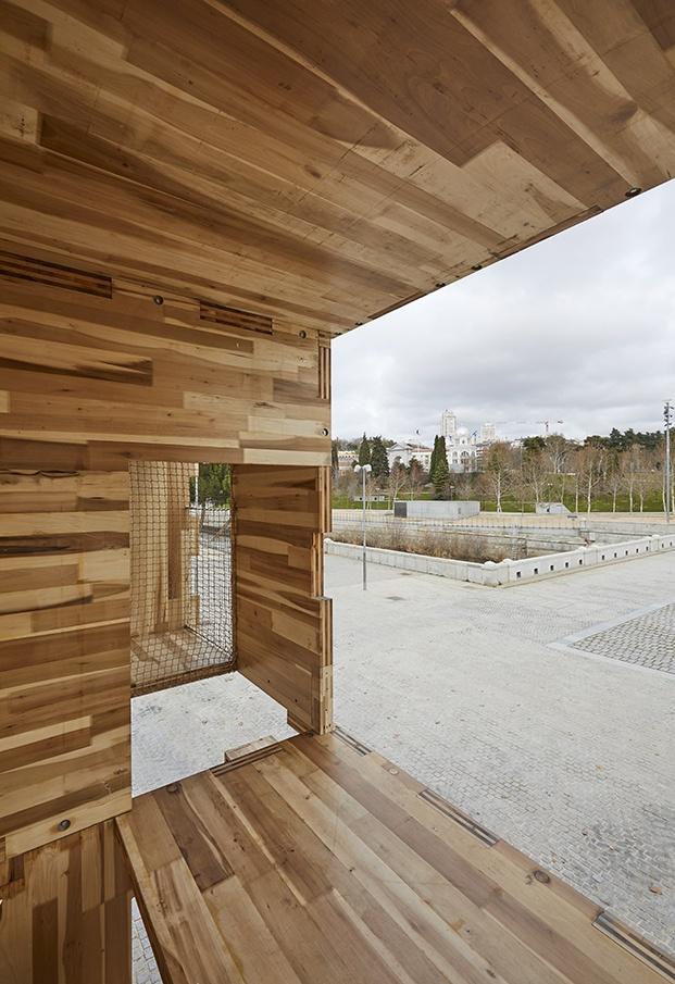 casa de madera ventana al palacio real de madrid
