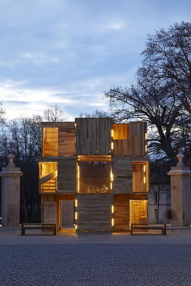 multiply instalación de madera en la casa de campo madrid design festival