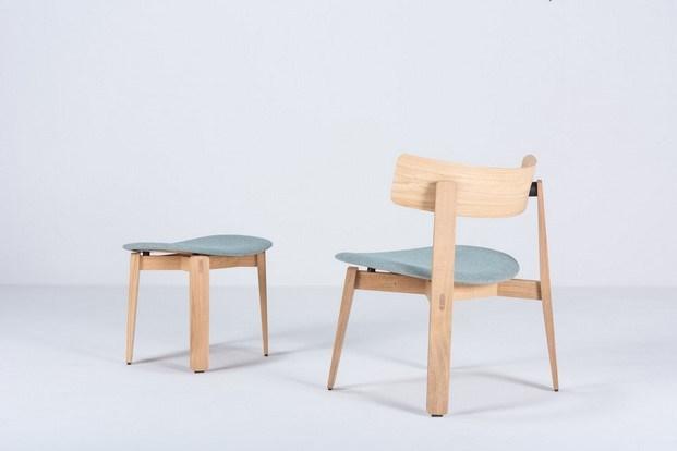 silla y taburete nora de gazzda muebles de madera y metal