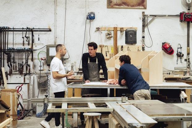 Hortensia Chair. Andrés Reisinger y Júlia Esqué. Trabajando con Amasijo