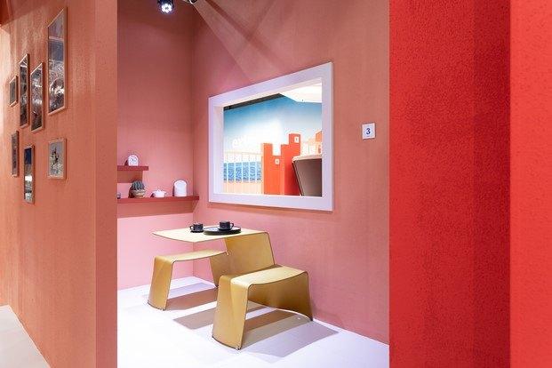 stand de extremis inspirado en la muralla roja de calpe