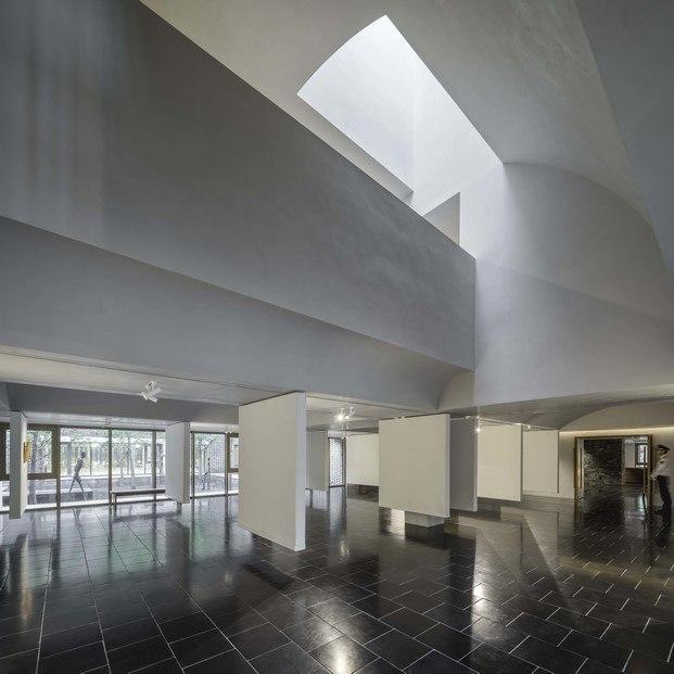 exposición de arte en centro cultural china arquitectura y naturaleza