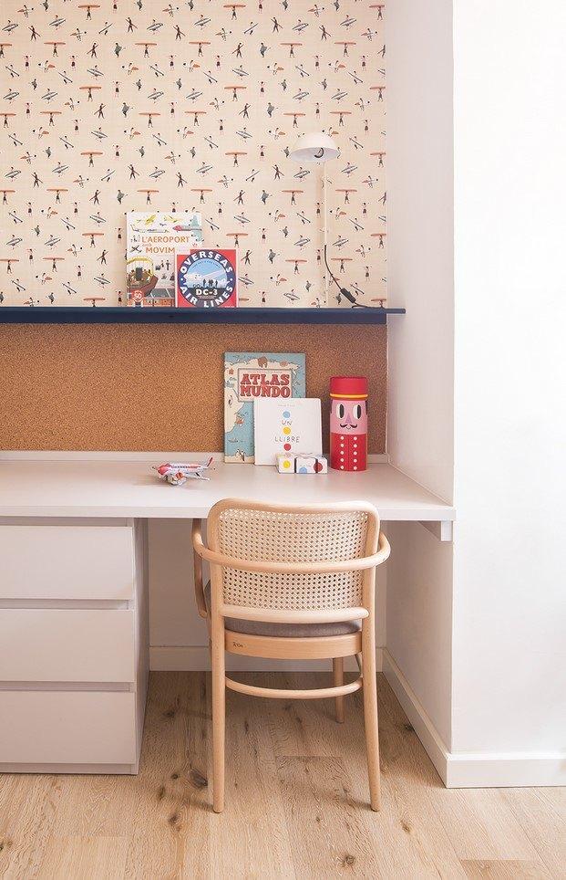papel de pared surf habitación infantil piso en barcelona bárbara aurell cocheras de coderch