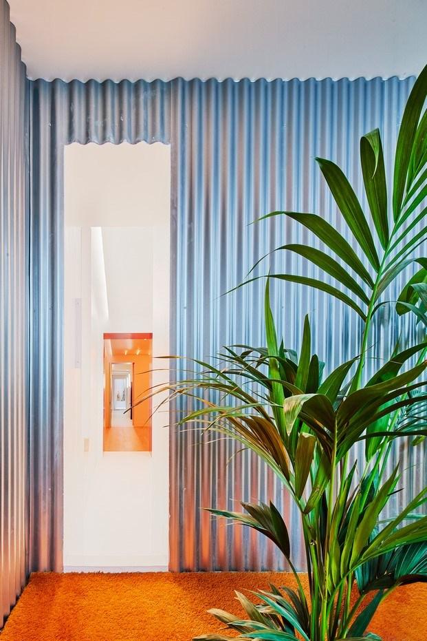 pasillo metal vivir entre plantas en Madrid