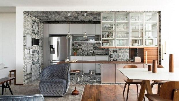 Cocina azulejos patchowork Diego Rebollo Brasil