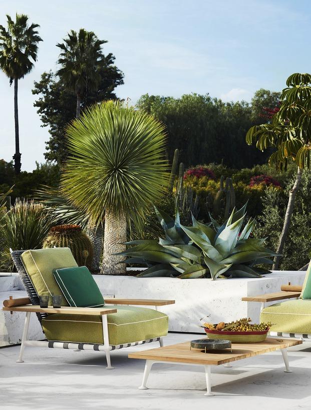 Cassina mobiliario exterior. Philippe Starck