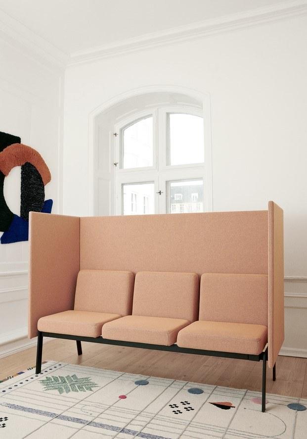sillón butaca con alfombra nanimarquina