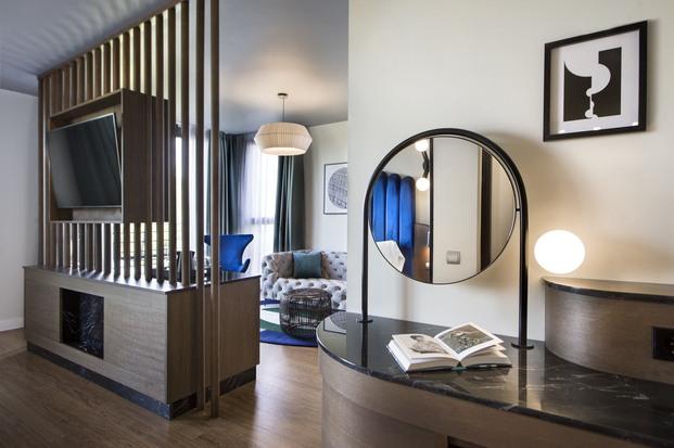 Alfaro-Manrique Atelier. Double Tree by Hilton Barcelona Golf. Suite