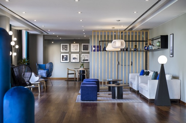 Alfaro-Manrique Atelier. Double Tree by Hilton Barcelona Golf. Zona de descanso