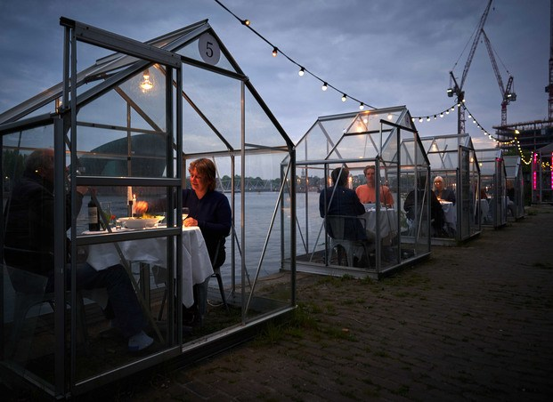 Cabinas restaurante Mediamatic Amsterdam