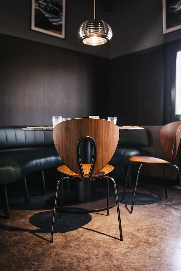 Silla Globus de Stua para Café Revival