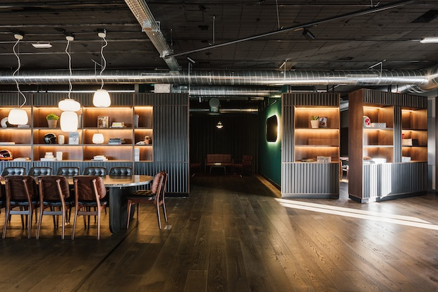 Diseño a medida Revival Café