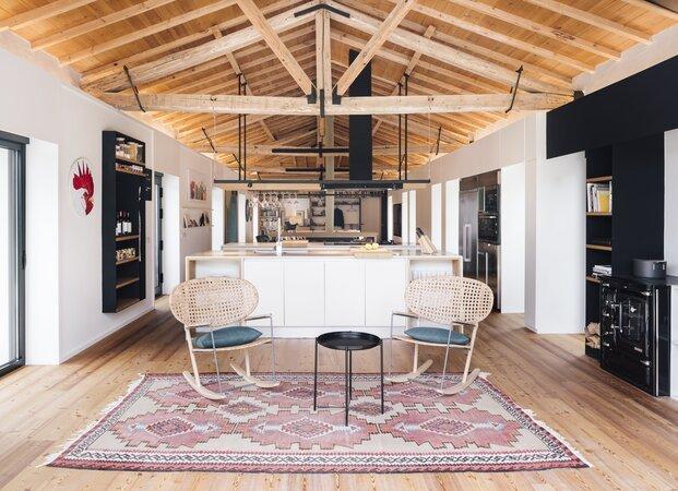 La cocina se abre a la zona de estar del salón