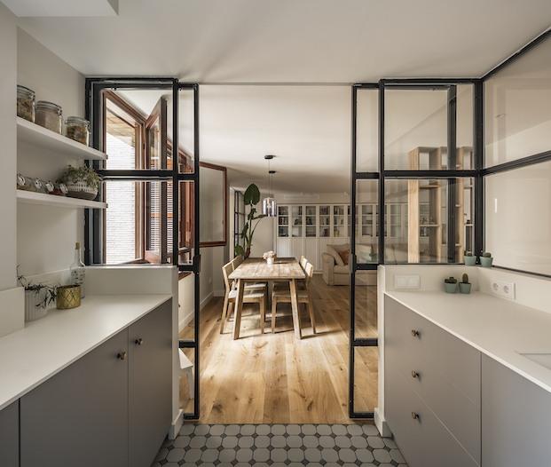 Separación comedor-cocina. proyecto Mar de Luces, Destudio