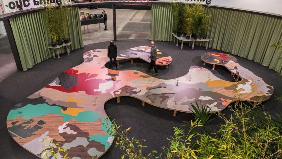 La Mesa de Finsa por ENORME Studio y Vitamin-arte