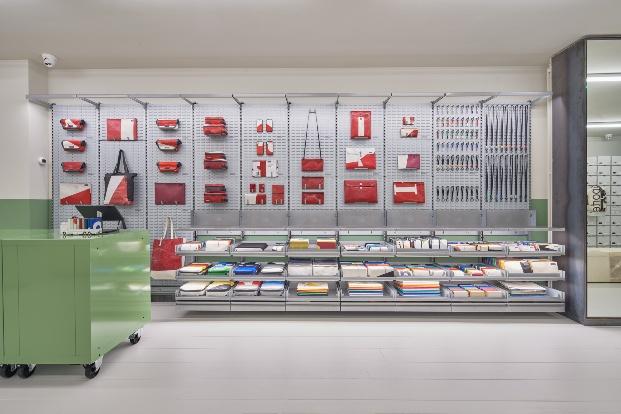Interior tienda Freitag
