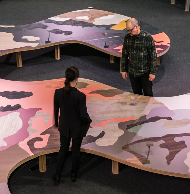 La Mesa con la gama Duo de Finsa diseñada por ENORME Studio y Vitamin-arte.