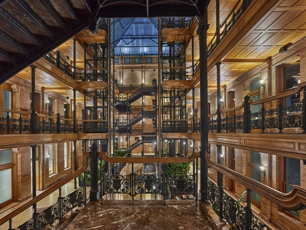 Bradbury Building. Coworking NeueHouse. Diseño Design Agency