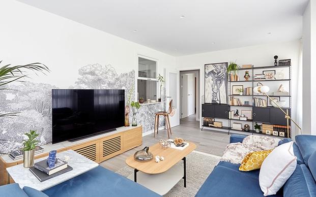 Vista del salón del apartamento en Madrid reformado por Deleite Design