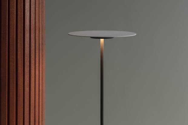 Lámpara de la colección Flat diseño de Ichiro Iwaski para Vibia