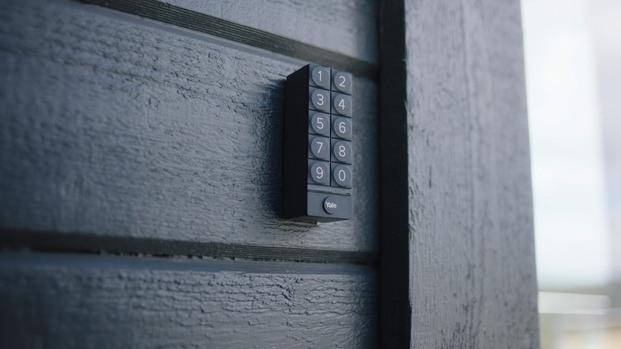 Linus® Smart Lock de Yale