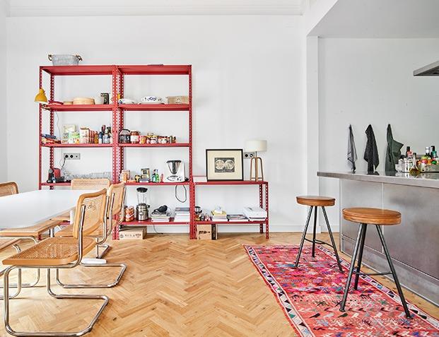 Studio Scala casa con jardín en Muntaner. Comedor y cocina