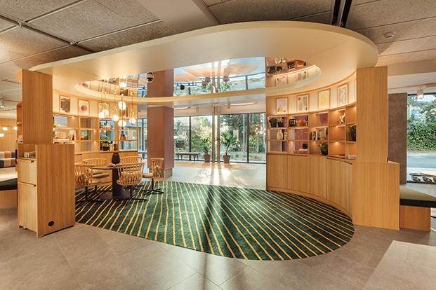 Vista del Lobby y las zonas comunes del hotel de Stone Designs inspirado en el tebeo.