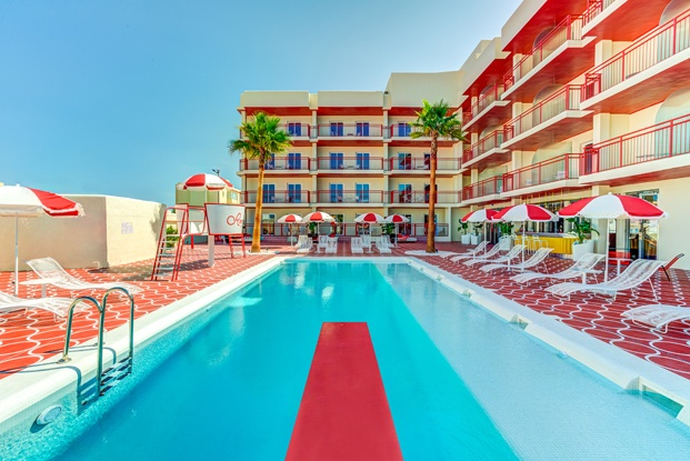 10 proyectos de arquitectura e interiorismo en las Islas Baleares. Romeo's Motel&Diner Ibiza. ilmiodesign
