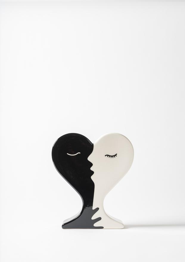 El beso, Juli Capella  Foto ©Eugeni Aguilo