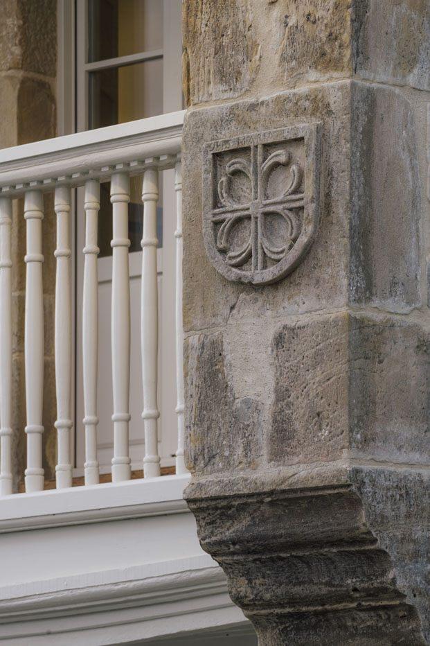 Jacobo García Germán devuelve el esplendor a una casa señorial en Comillas.