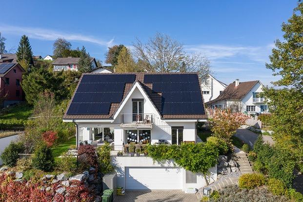 Paneles solares IKEA low cost para autoconsumo en el hogar