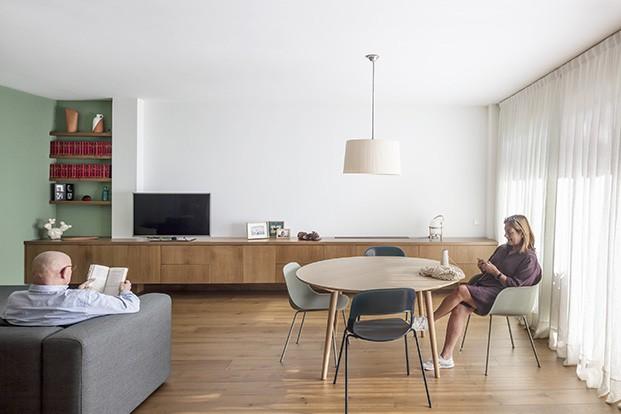 Casa M&I en Sabadell, por COFO architects. Transformar una casa cuando los hijos se van.