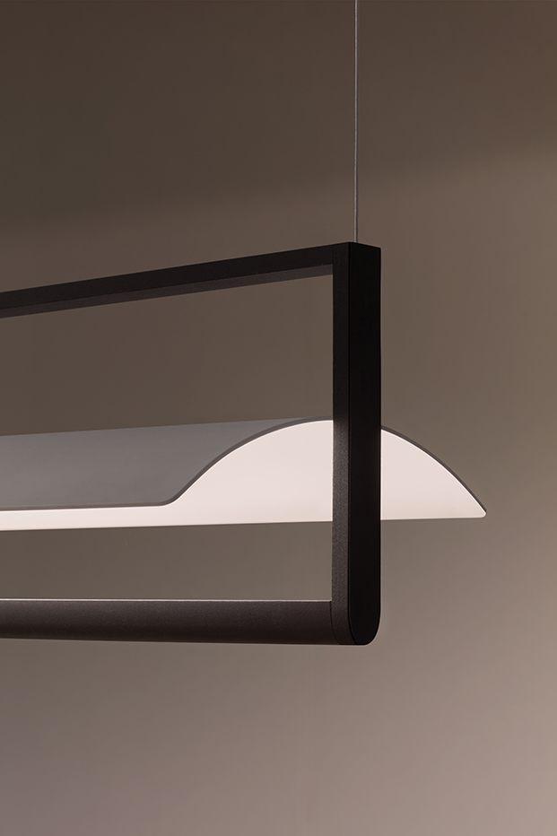 Otra segundo versión de Kontur con marco y  un reflector de chapa curvada