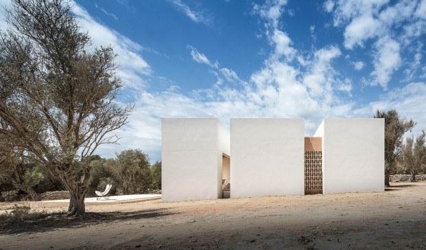 10 proyectos de arquitectura e interiorismo en las Islas Baleares. Es Pou en Formentera