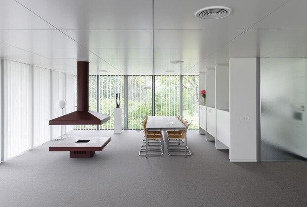 USM reforma la Casa Schärer (la Buchli), construida en 1969 por Fritz Haller y convertida en todo un referente de la emergente arquitectura modular.