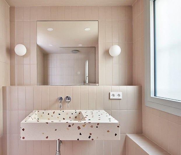 Top 10: diez baños modernos para coger buenas ideas. Lavabo de terrazo
