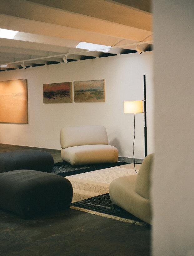 nueva Galería Santa & Cole en Barcelona. Tienda showroom nanimarquina.