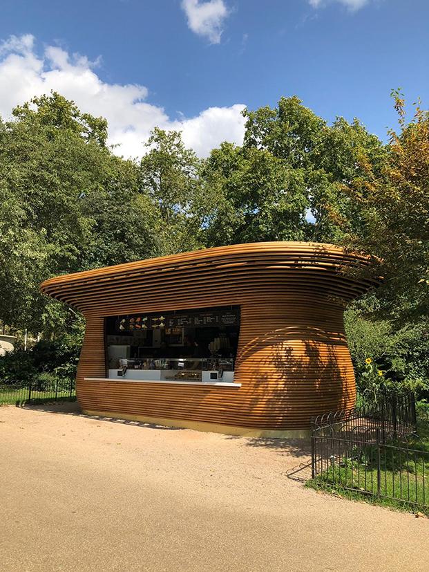 Horseshoe Bend Kiosks nuevos quioscos en los parques reales de Londres. Diseño de Mizzi Studio