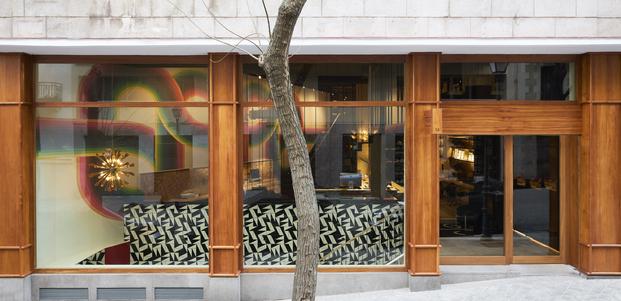 Oficinas agencia de comunicación Noho en Madrid. Proyecto de Cristina Carulla Studio. Fachada de madera