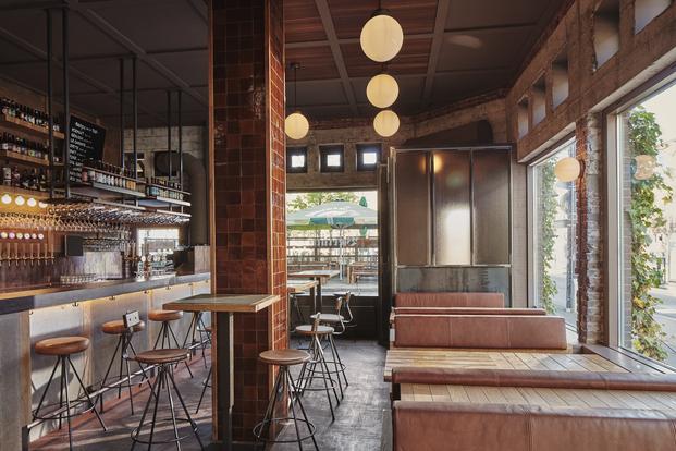 Studio Modijefsky diseña su segunda cervecería De Biertuin en Amsterdam